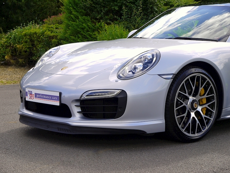 Porsche 911 (991) Turbo S Coupe 3.8 PDK - Large 19