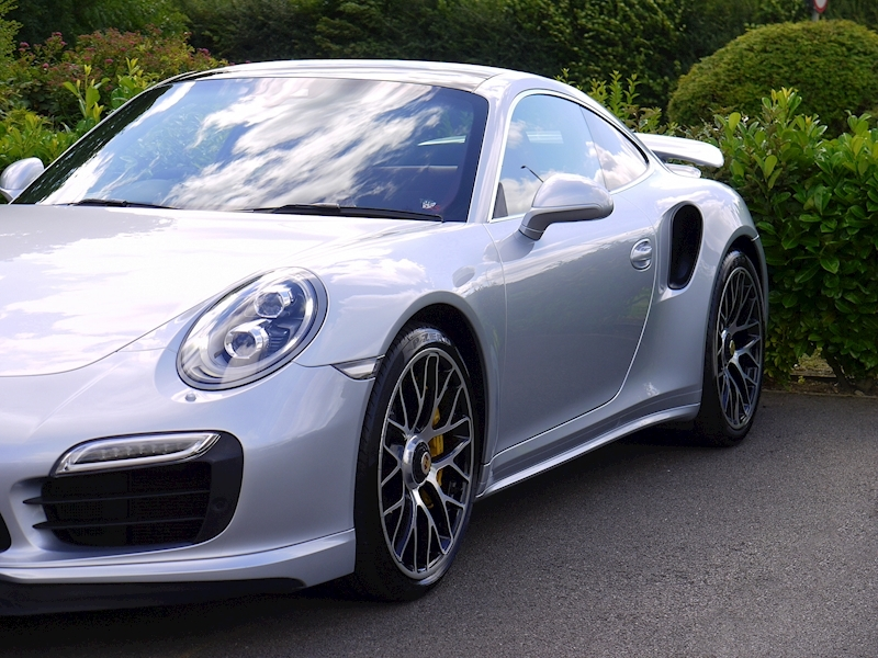Porsche 911 (991) Turbo S Coupe 3.8 PDK - Large 20