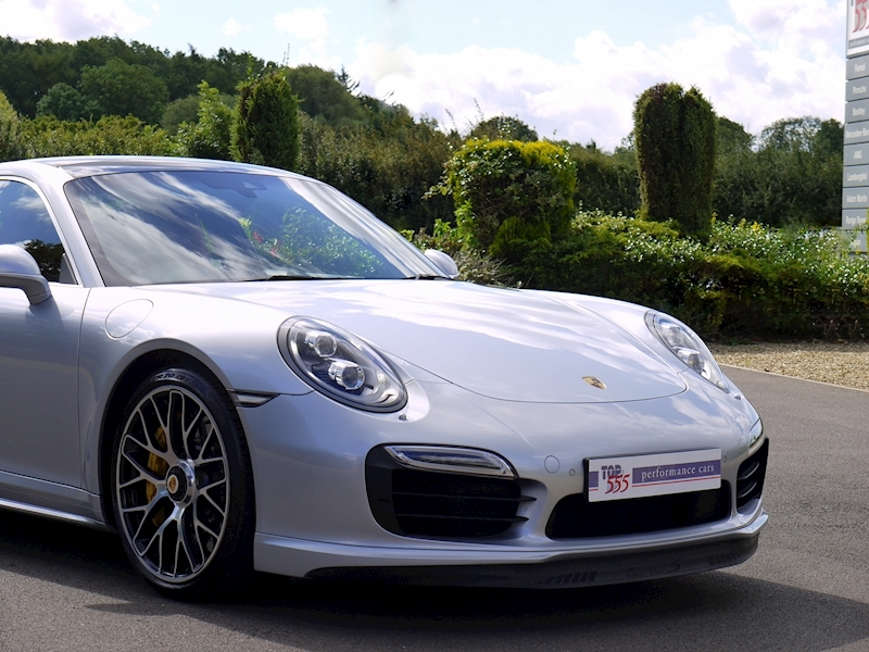 Porsche 911 (991) Turbo S Coupe 3.8 PDK - Large 33