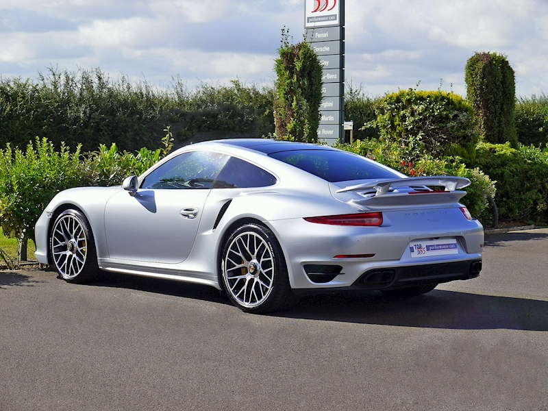 Porsche 911 (991) Turbo S Coupe 3.8 PDK - Large 12