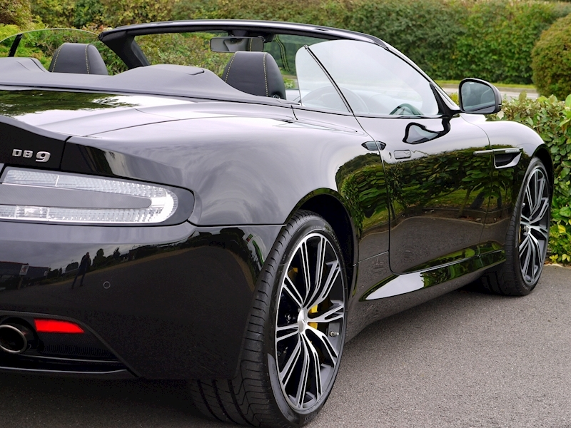 Aston Martin DB9 Volante 'Carbon Edition' Touchtronic 2 - Large 17