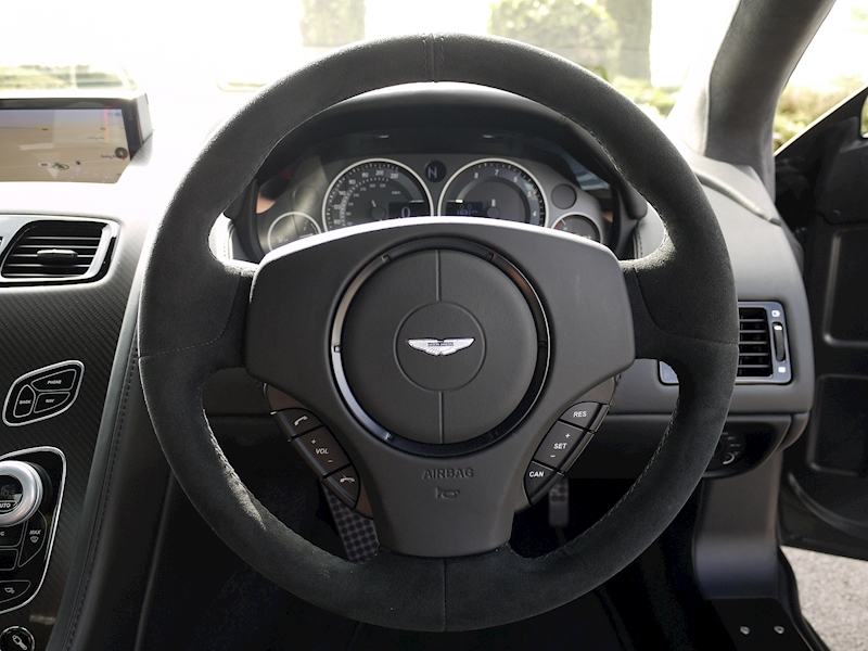 Aston Martin V12 Vantage S - Manual - Large 30