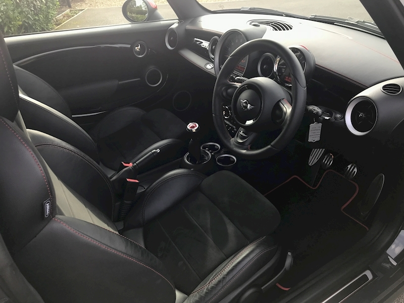 Mini Mini John Cooper Works Gp 1.6 3dr Hatchback Manual Petrol - Large 1