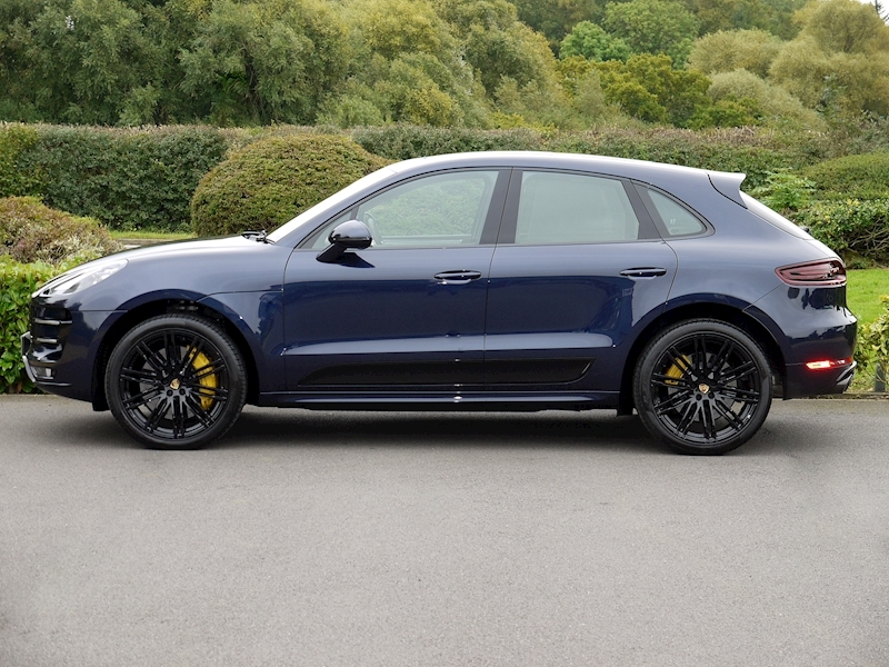 Porsche Macan Turbo with Performance Package - Large 2