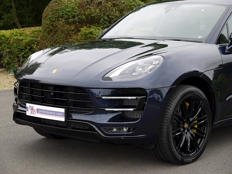 Porsche Macan Turbo with Performance Package - Large 16
