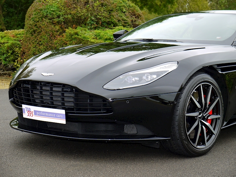 Aston Martin DB11 V12 'LAUNCH EDITION' - Large 17