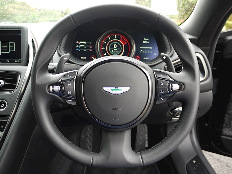 Aston Martin DB11 V12 'LAUNCH EDITION' - Large 24