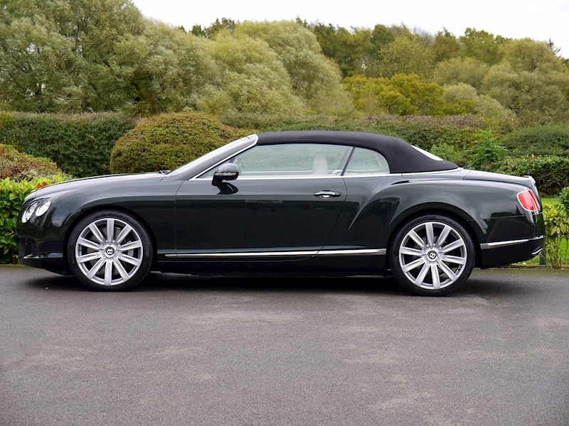 Bentley Continental W12 GTC Mulliner - Large 12