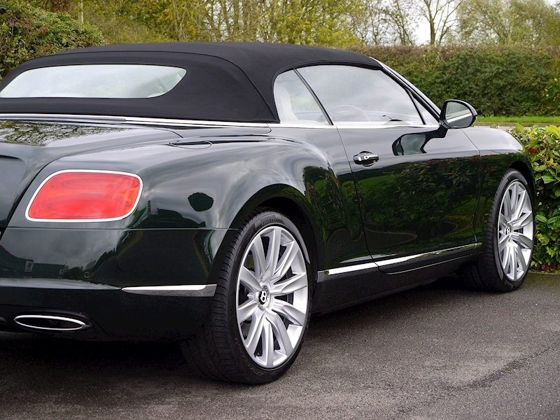 Bentley Continental W12 GTC Mulliner - Large 17