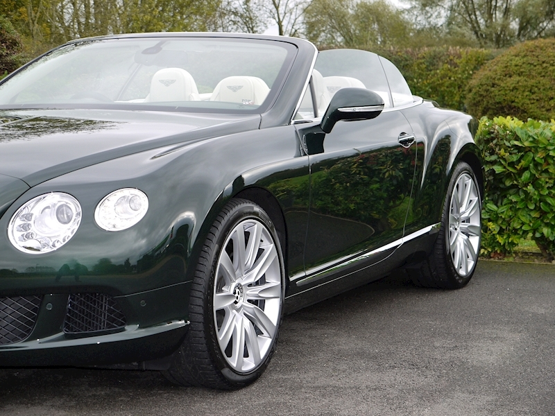 Bentley Continental W12 GTC Mulliner - Large 21