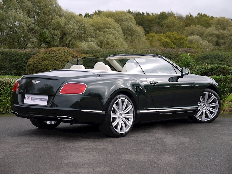 Bentley Continental W12 GTC Mulliner - Large 27