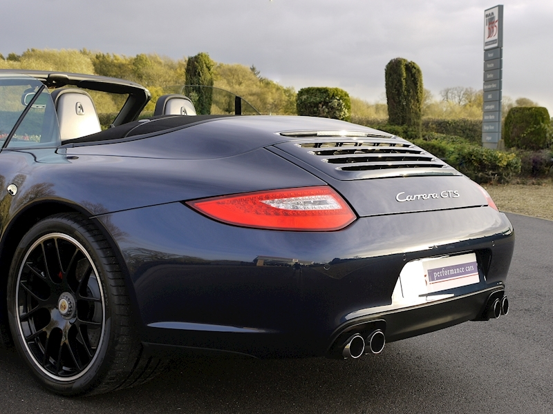 Porsche 911 (997) Carrera GTS 3.8 Cabriolet Manual - Large 32