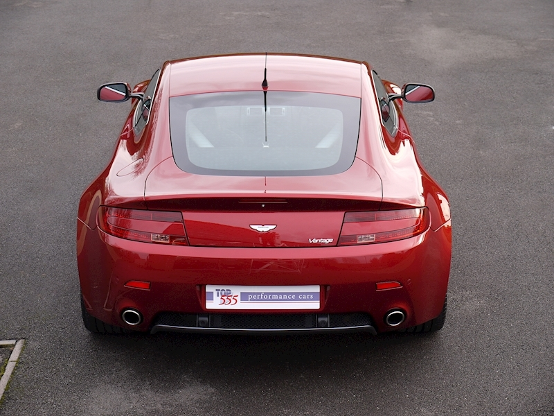 Aston Martin V8 Vantage 4.3 Manual - Large 15