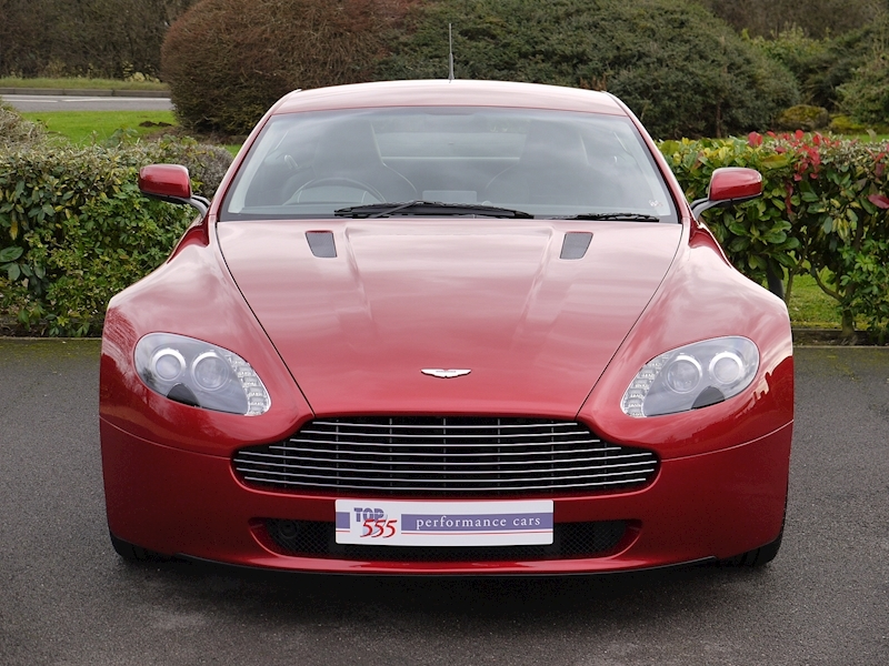 Aston Martin V8 Vantage 4.3 Manual - Large 19