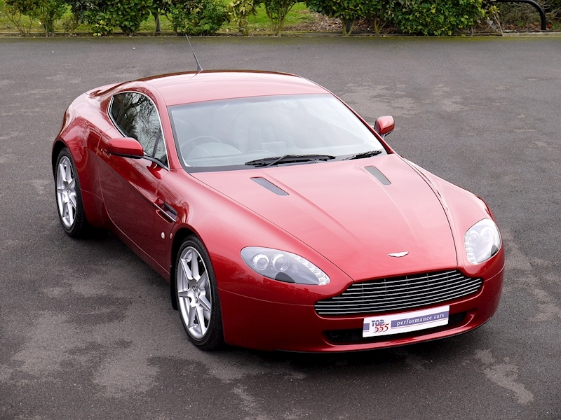 Aston Martin V8 Vantage 4.3 Manual - Large 0