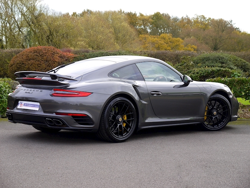 Porsche 911 (991.2) Turbo S Coupe 3.8 PDK - Large 24