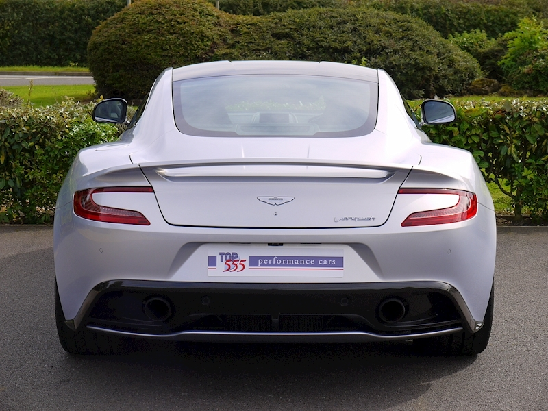 Aston Martin Vanquish Coupe Touchtronic II - Large 18