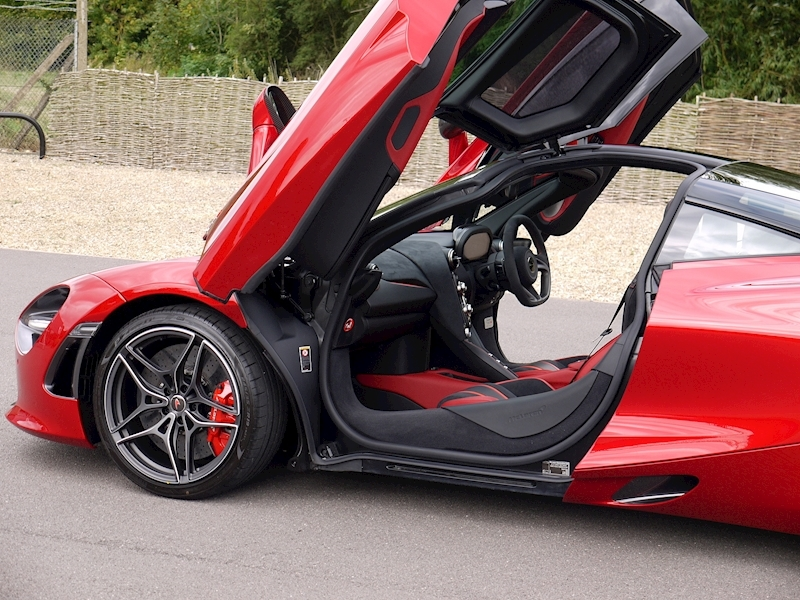 Mclaren 720S Performance - Large 27