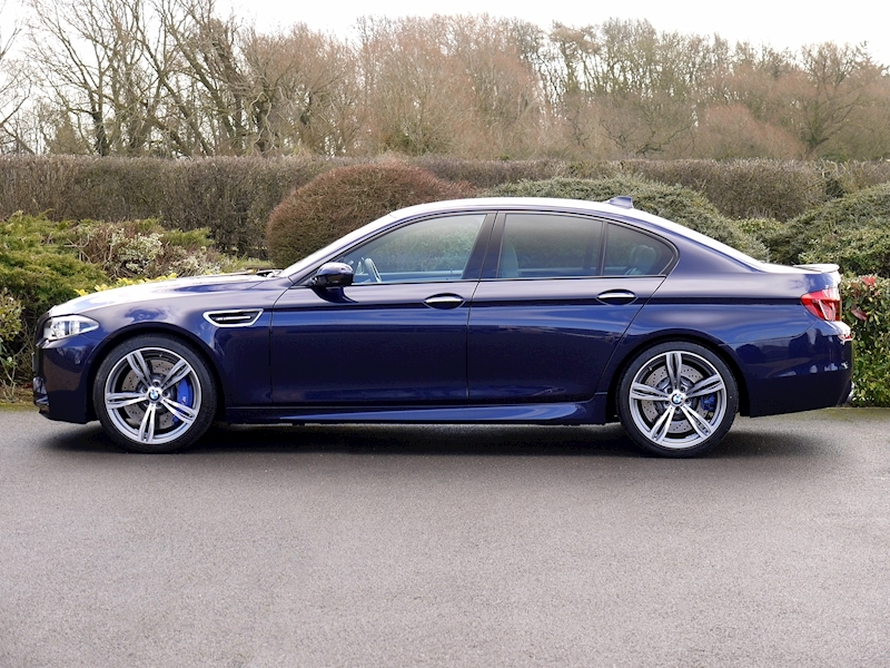 Bmw M5 4.4 SALOON DCT - Large 2