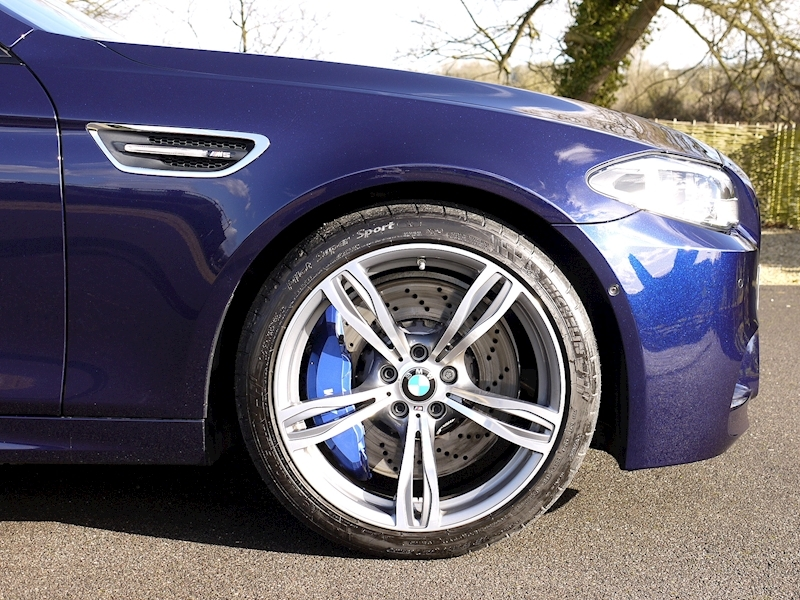 Bmw M5 4.4 SALOON DCT - Large 7