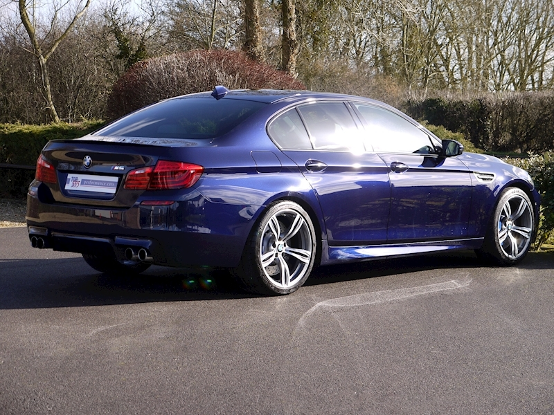 BMW M5 4.4 SALOON DCT - Large 8