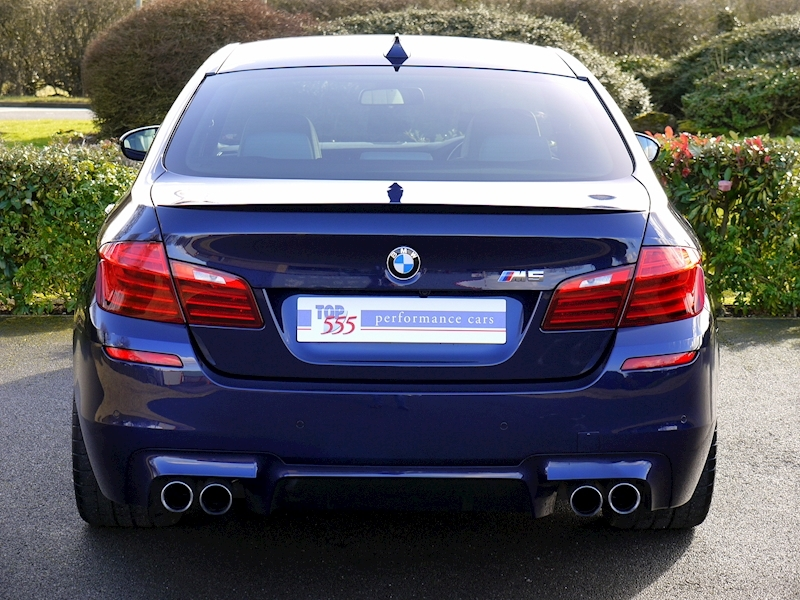 Bmw M5 4.4 SALOON DCT - Large 10