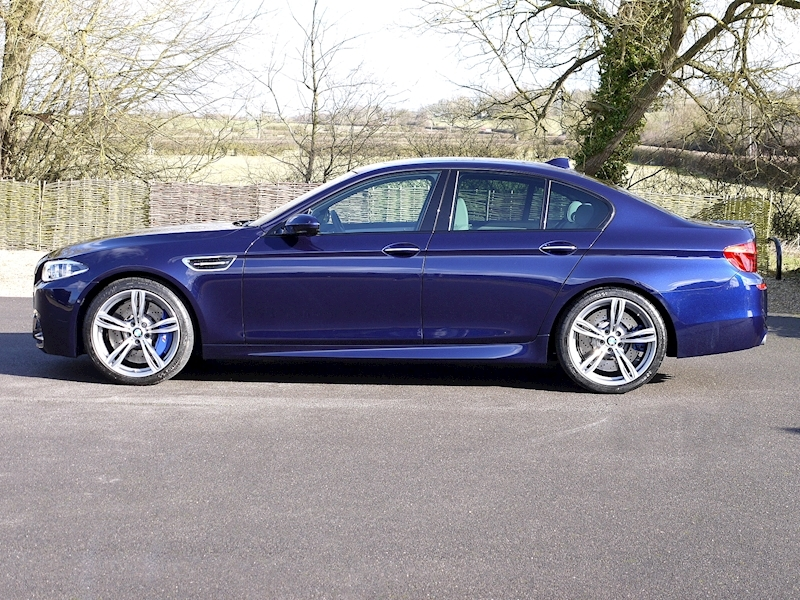 Bmw M5 4.4 SALOON DCT - Large 15