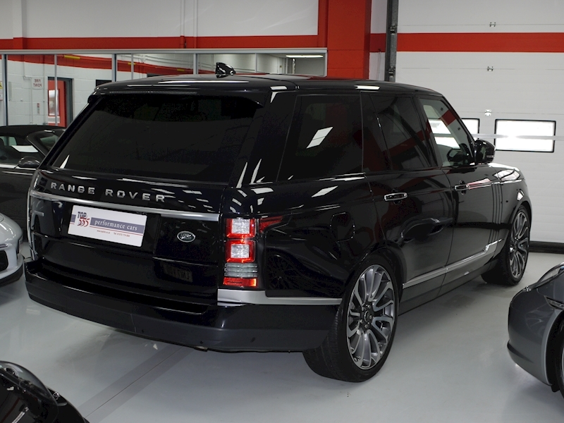 Land Rover RANGE ROVER 4.4 SDV8 AUTOBIOGRAPHY - Large 3