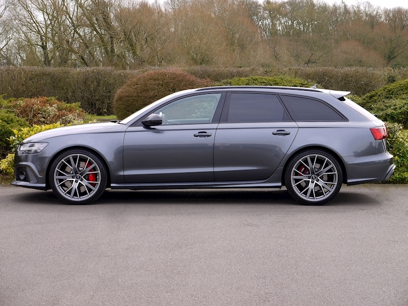 Audi RS6 Performance 4.0 TFSI Quattro - Large 2