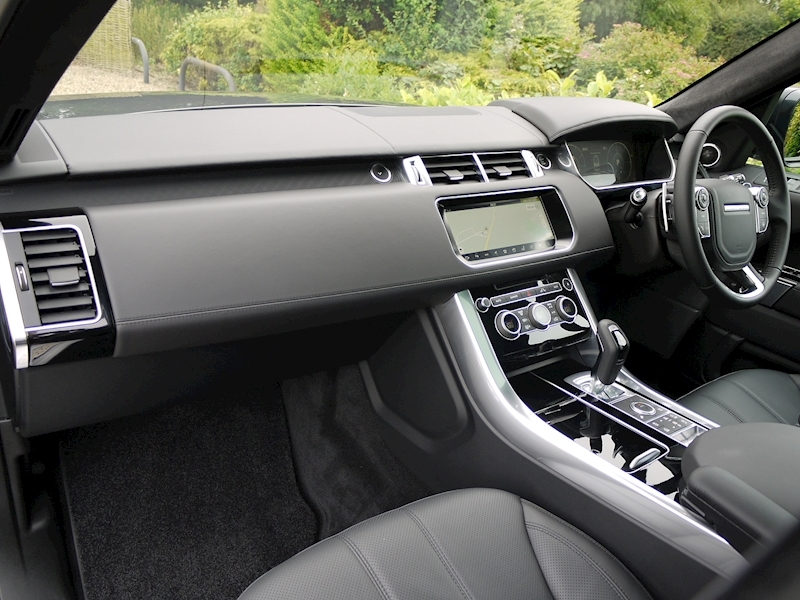 Land Rover Range Rover Sport 3.0 SDV6 Autobiography Dynamic - Stealth Pack - Large 7