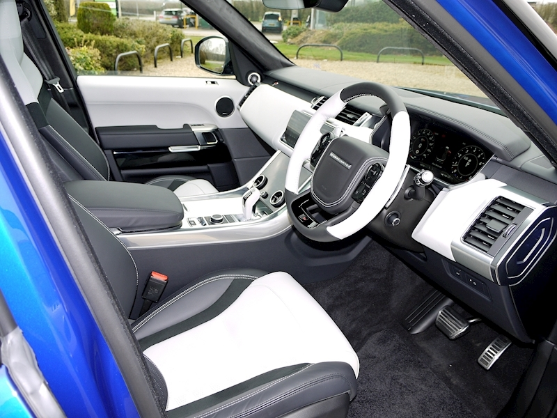 Land Rover Range Rover Sport 5.0 SVR - New Model - Large 1