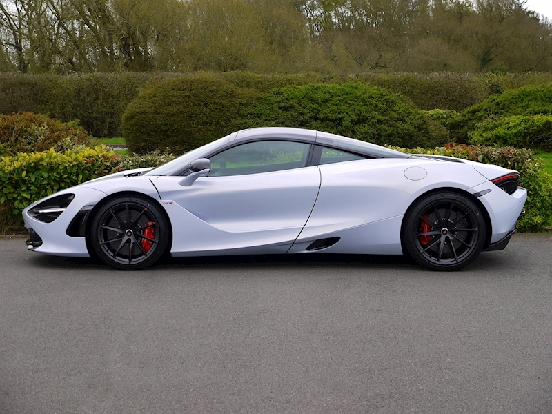 McLaren 720S PERFORMANCE - Large 2