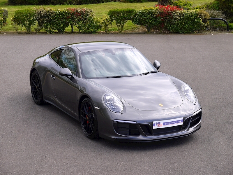 Porsche 911 (991.2) Carrera 4 GTS 3.0 Coupe PDK - Large 0