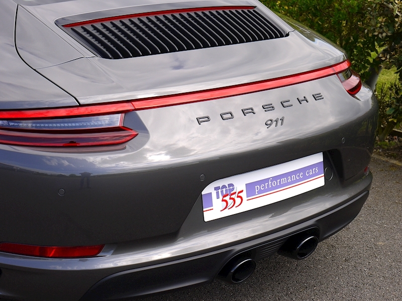 Porsche 911 (991.2) Carrera 4 GTS 3.0 Coupe PDK - Large 4