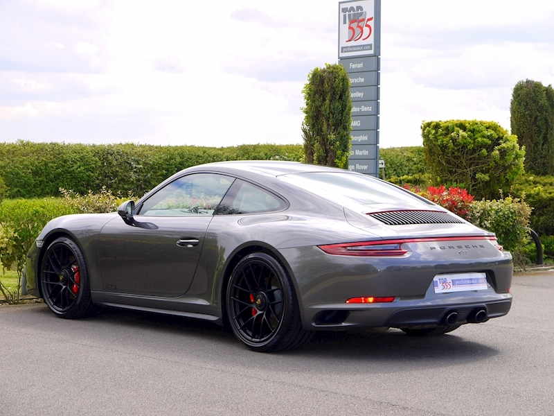 Porsche 911 (991.2) Carrera 4 GTS 3.0 Coupe PDK - Large 9