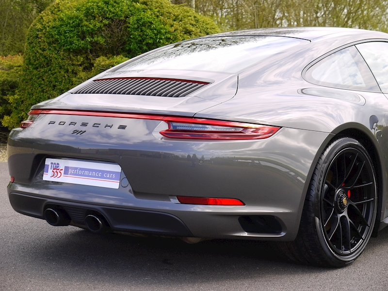 Porsche 911 (991.2) Carrera 4 GTS 3.0 Coupe PDK - Large 11