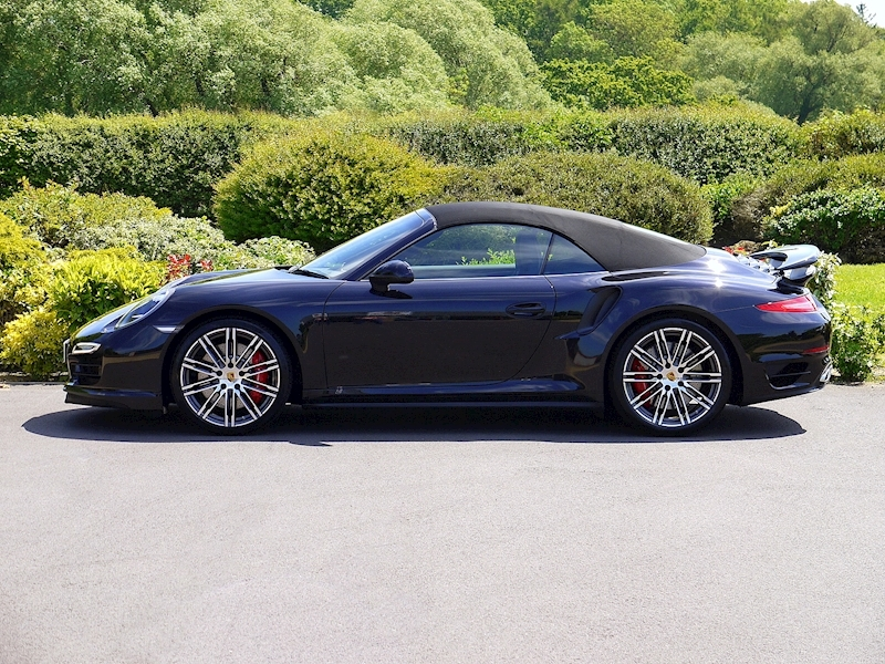 Porsche 911 (991) Turbo Cabriolet 3.8 PDK - Large 2