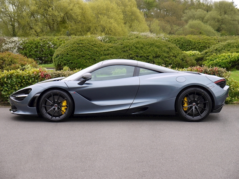 Mclaren 720S PERFORMANCE - LAUNCH EDITION - Large 2
