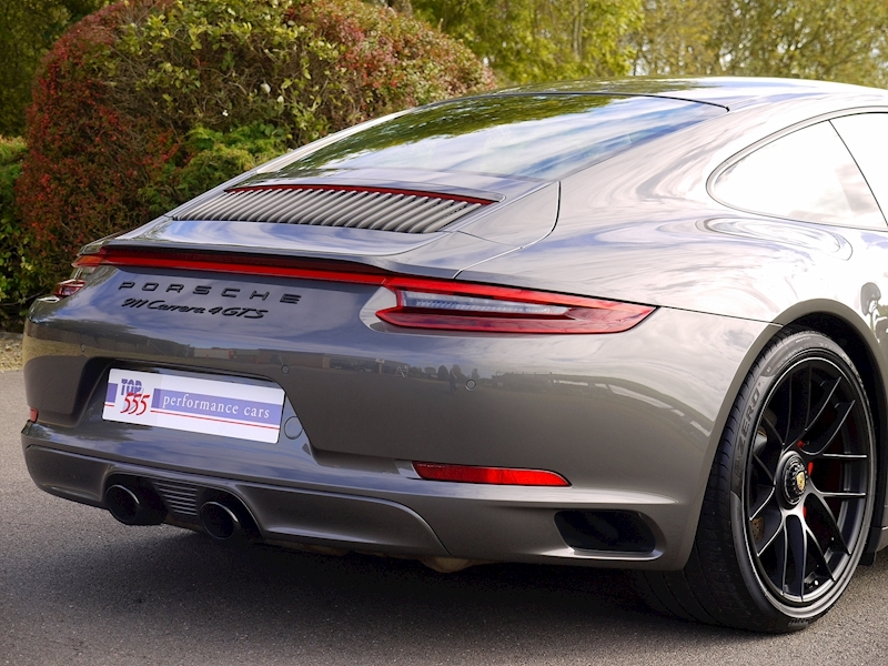 Porsche 911 (991.2) Carrera 4 GTS 3.0 Coupe PDK - SportDesign Package - Large 11