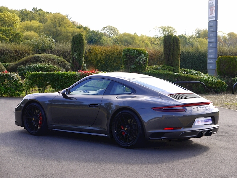 Porsche 911 (991.2) Carrera 4 GTS 3.0 Coupe PDK - SportDesign Package - Large 29