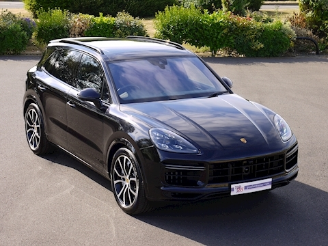 Porsche Cayenne Turbo V8 (New Model)