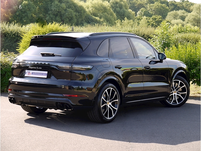 Porsche Cayenne Turbo V8 (New Model) - Large 22