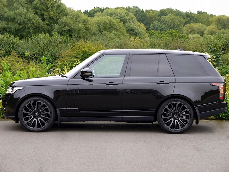 Land Rover Range Rover 4.4 SDV8 Autobiography with Black Design Pack - Large 2