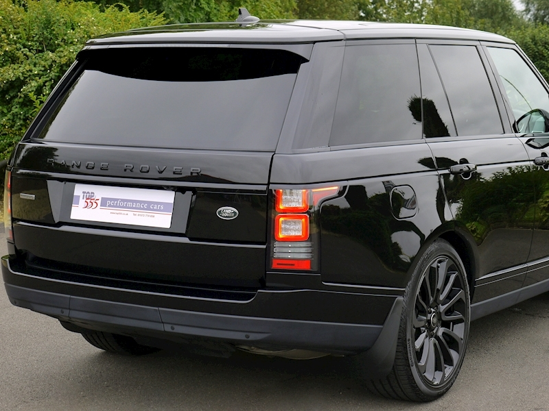 Land Rover Range Rover 4.4 SDV8 Autobiography with Black Design Pack - Large 9