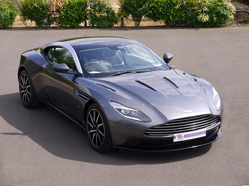 Aston Martin DB11 5.2 V12 'Launch Edition' - Large 0