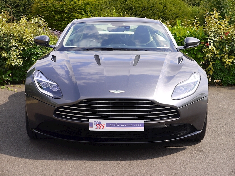 Aston Martin DB11 5.2 V12 'Launch Edition' - Large 26