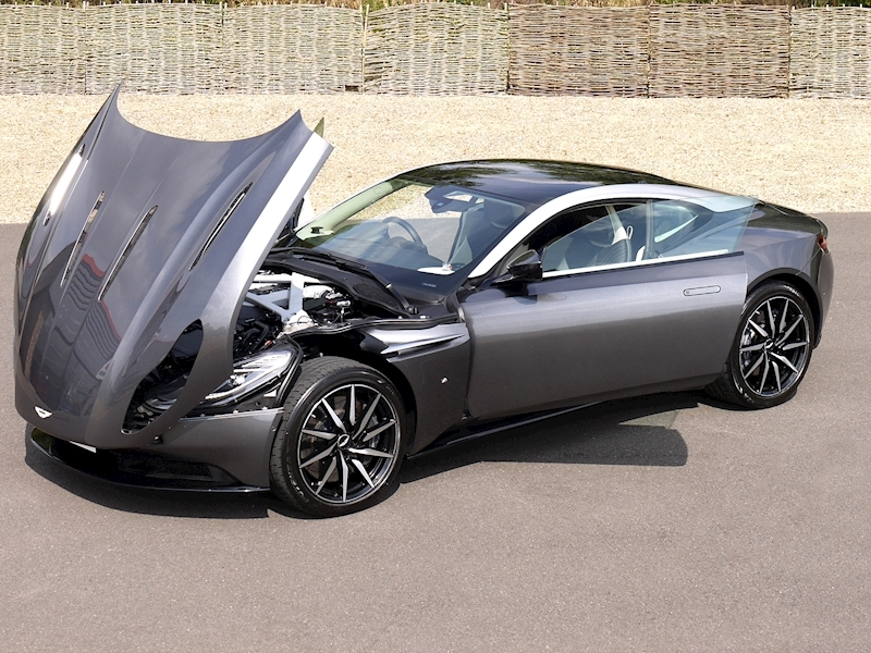 Aston Martin DB11 5.2 V12 'Launch Edition' - Large 31