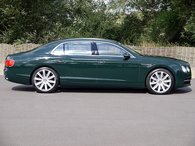 Bentley Flying Spur Mulliner W12 - Large 15