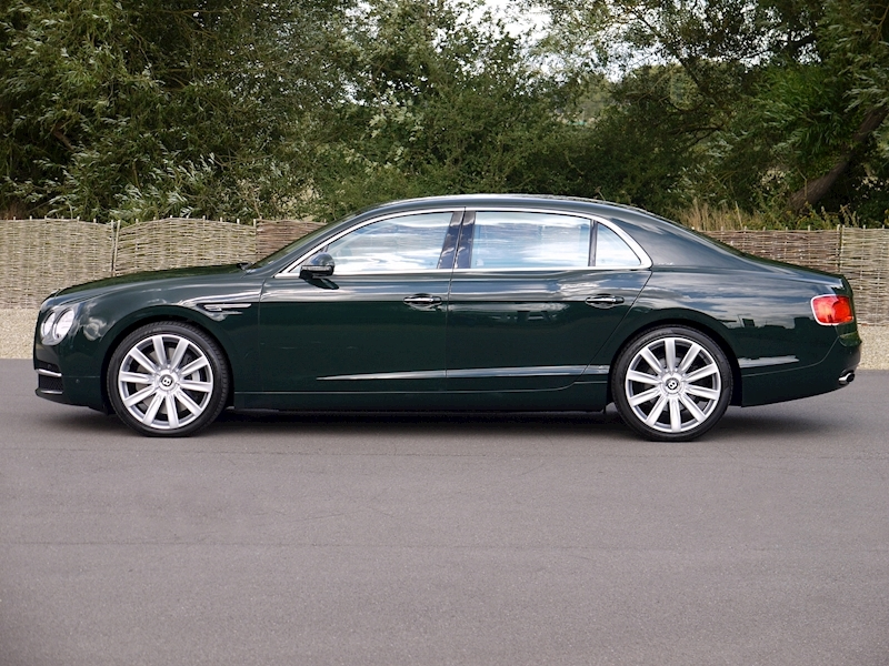 Bentley Flying Spur Mulliner W12 - Large 22