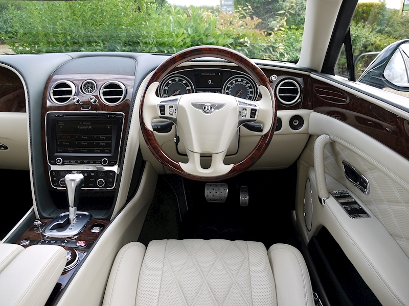 Bentley Flying Spur Mulliner W12 - Large 26